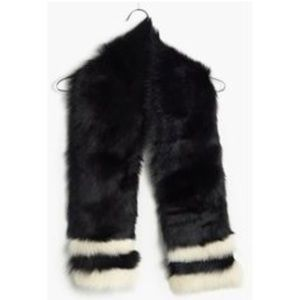 Real fur scarf with white stripes